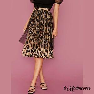 NEW Tulle Overlay Leopard Pleated Full Skirt